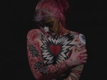 Jodie has used body art to visually represent BDD